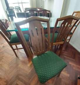 Juego de comedor. Mesa + 6 sillas Usado