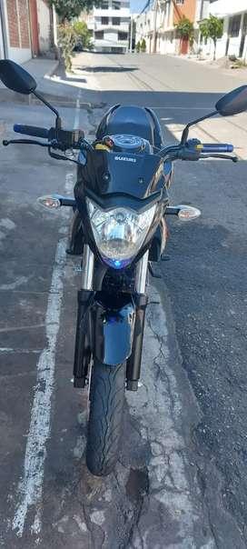Vendo Moto Suzuki Gixxer SEMI NUEVO