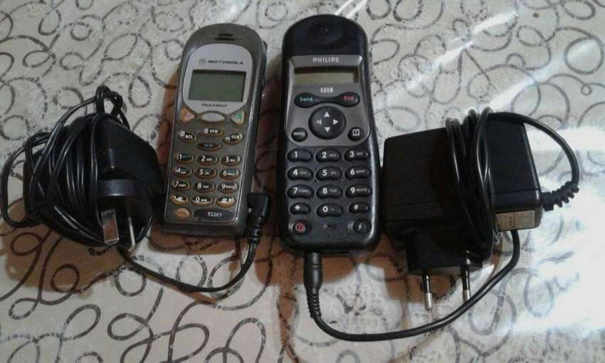 Celular RETRO Philips ISIS, Motorola talk about T 2267 0