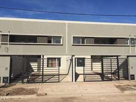 Alquilo duplex de tres dormitorios zona ex peaje Neuquen Centenario, barrio Tierra Mansa, a estrenar!!!