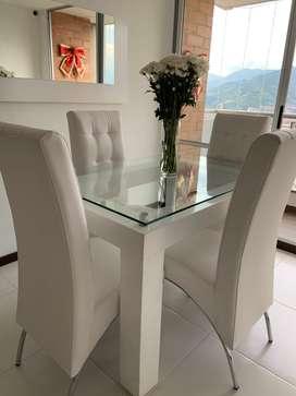 Mueble y comedor