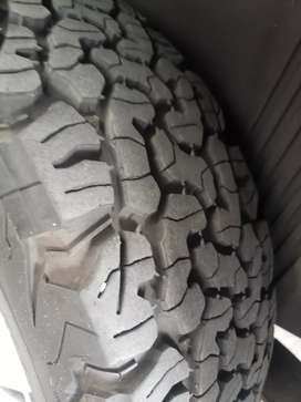 Neumático 225 65 17 bf goodrich