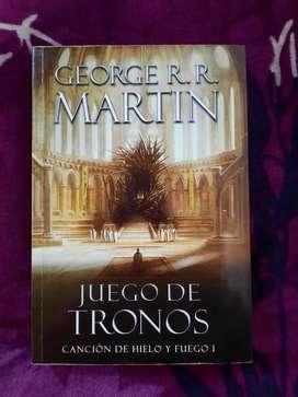 Juego de tronos tomo 1, Canción de hielo y fuego