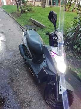 Vendo moto excelente oportunidad!!