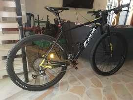 Vendo espectácular bici tipo carbono