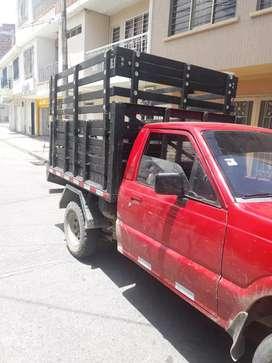 Vendo camioneta mazda B2000 en muy buen estado lista para traspaso