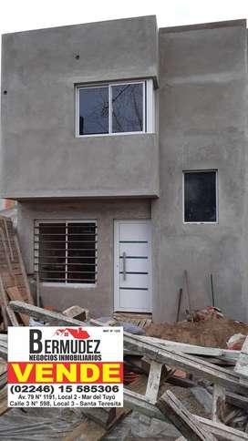 Venta financiada, obra en pozo, Duplex 3 amb al frente. Calle 75 entre 6 y 7 Mar del tuyu