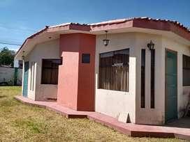 VENDO ACOGEDORA CASITA DE CAMPO EN CHARACATO