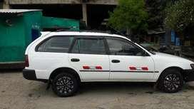 Se vende auto Toyota Corolla / AÑO 2001