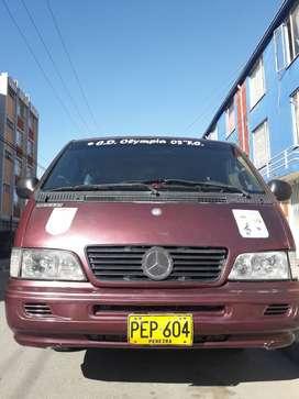 Mercedes Benz MB100D
