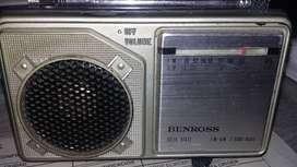 radio antiguo transistor pequeño