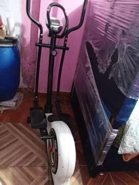 Vendo bicicleta eliptica para lps amantes del deporte