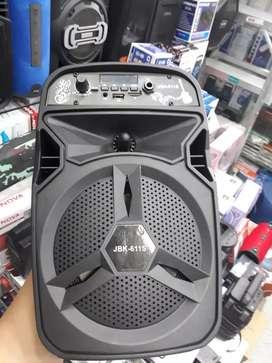 Parlante Bluetooth,USB, Bluetooth FM recargable