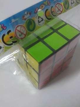 Cubo Magico Rubik 3x3x3 + Truco Gratis De Armado Facil $