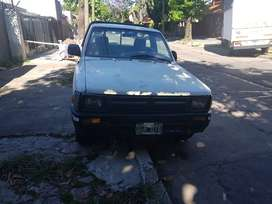 Toyota Hilux 2.8 cabina simple 4x2 D