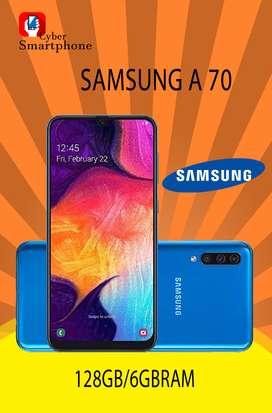 Samsung A70, EQUIPO TOTALMENTE NUEVO, CAJA SELLADA, CON 1 AÑO DE GARANTIA.