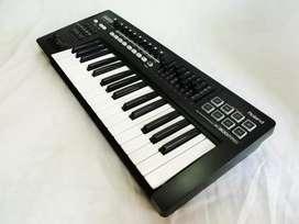 Roland A300 Pro Teclado Controlador MIDI USB