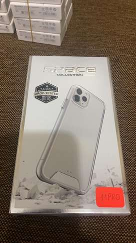 Case transparente space para iPhone