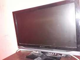 "Vendo tv led 24"" con control"