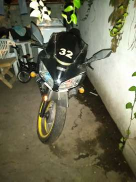 venta de moto Kawasaki en buen estado
