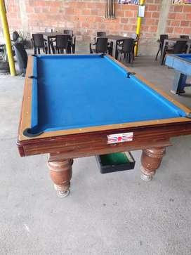 Se vende 2 mesas de pool y un de billar