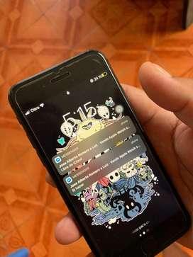 iPhone 8 64gb solo Claro ( detalle )