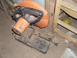 insisitiva cortadora de hierro