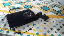 PS3 Super Slim 10/10 + Control y 2 Juegos Originales