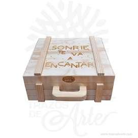 Caja maletín en madera triplex de pino – Precio COP