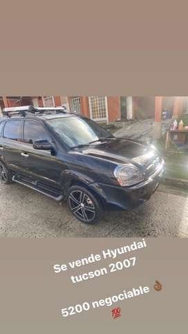 SE VENDE HYUNDAI TUCSON 2007 -  5200$ NEGOCIABLE - Manual