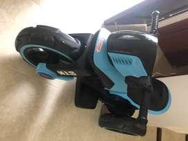 Moto Carro Recargable Electrica Niño/ Niña Azul