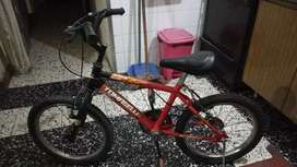 Vendo bici TOMASELLI R14 niño/a NUEVA