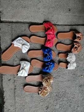 Se vende sandalias hermosas contactanos