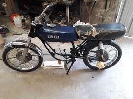 Vendo moto rx 125 especia para picadas o para cafe racer