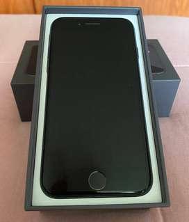 Remato iPhone 8 de 64GB color negro 9/10 NEGOCIABLE