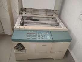 Vendo fotocopiadora láser
