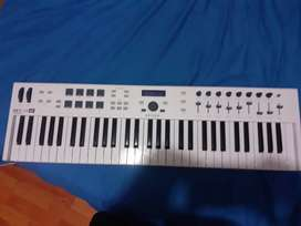 Vendo controlador keylab 61