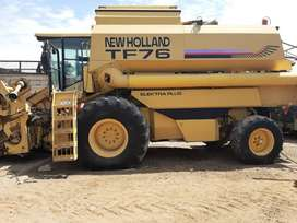 Cosechadora de Granos New Holland TF76