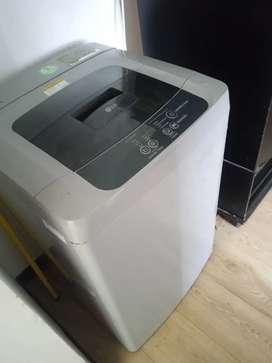 Vendo lavadora para hogar en buen estado