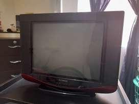 """Televisión hyundai 27 """" diagonal"""