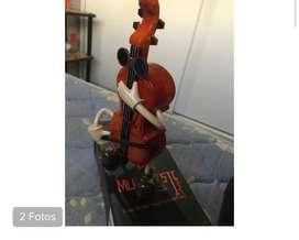 Caja musical forma de violonchelo
