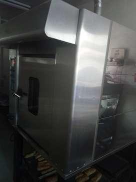 Echo en Arequipa,horno rotativo de 6 bandejas,3 años de antiguedad  , sin marca .