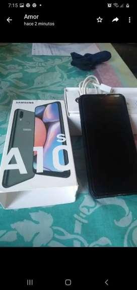 Samsung A10s como nuevo