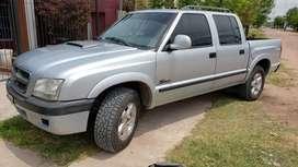 Chevrolet S10 DLX CON BOMBA