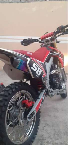 VENDO MOTO IGM 250 cc