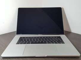 Apple MacBook Pro 15 inch 2017