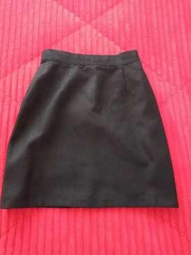 Falda en paño talla 4