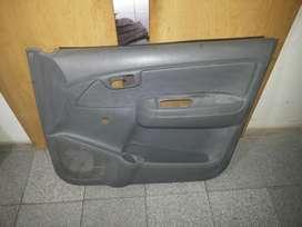 Tapizado de Puerta izquierda Toyota Hilux original