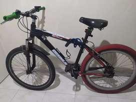 Bicicleta Mtb todo terreno marca Optimus