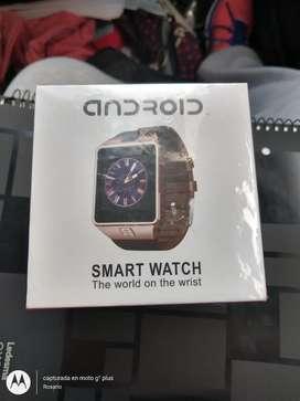 En venta Android Smart Watch, colores negro y cobre. En $2500, nuevos, tiene para poner cualquier chip.